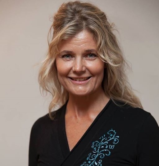 Vår yogalärare Charlotta Kjellsdotter Åkesson