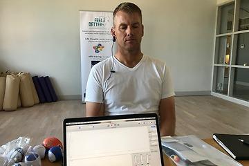 Golfproffset Robert Karlsson tränar sin inre balans med Biofeedback