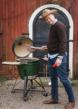 Kamado Sumo grill - Sales Manager Anders Nilsson