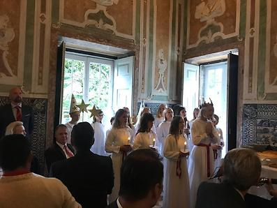 Children from the Swedish School in Lisbon performing traditional Lucia
