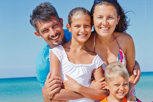 Sanitas Más Salud Familias is a complete healthcare insurance – Sanitas Estepona Spain