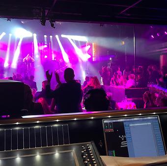 Funnybones Production erbjuder artist- och teknikansvar för event