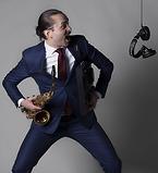 DJ Andreas Ferrenato kan du boka genom Funnybones Production