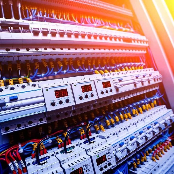 Elektromontage Industrial automation