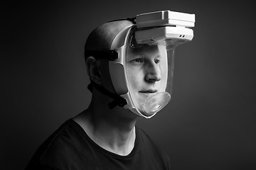 Tiki Safety respiratory mask with built-in fan