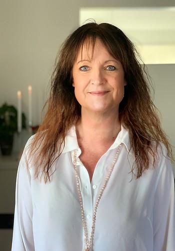 Catharina Looft, Familjerättsbyrån AB